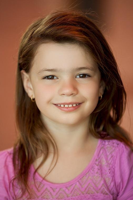 Chloe E