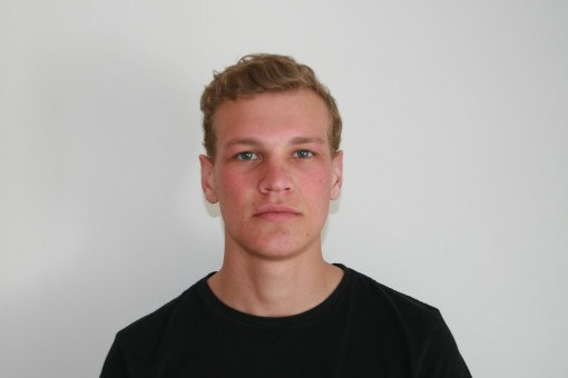 Ian polaroid head